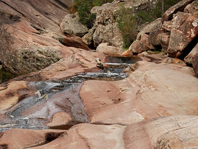 grampians-hiker-magical-venus-baths-is-an-easy-walk-to-reach.jpg