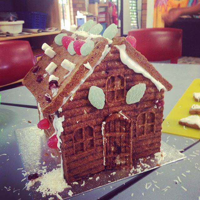 Day 2 of Xmas saw 80 happy gingerbread chefs whipping up beauties like this! #holidays #cookingclass #happykids