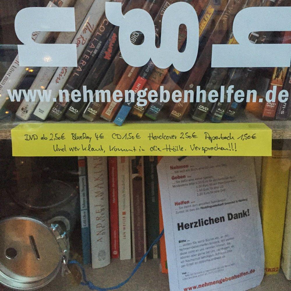 Os preços dos produtos com livros por 1,50 euro.