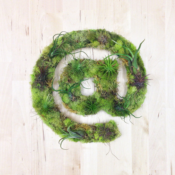a-symbol-plant-art-living-wall-planter-600x600.jpg
