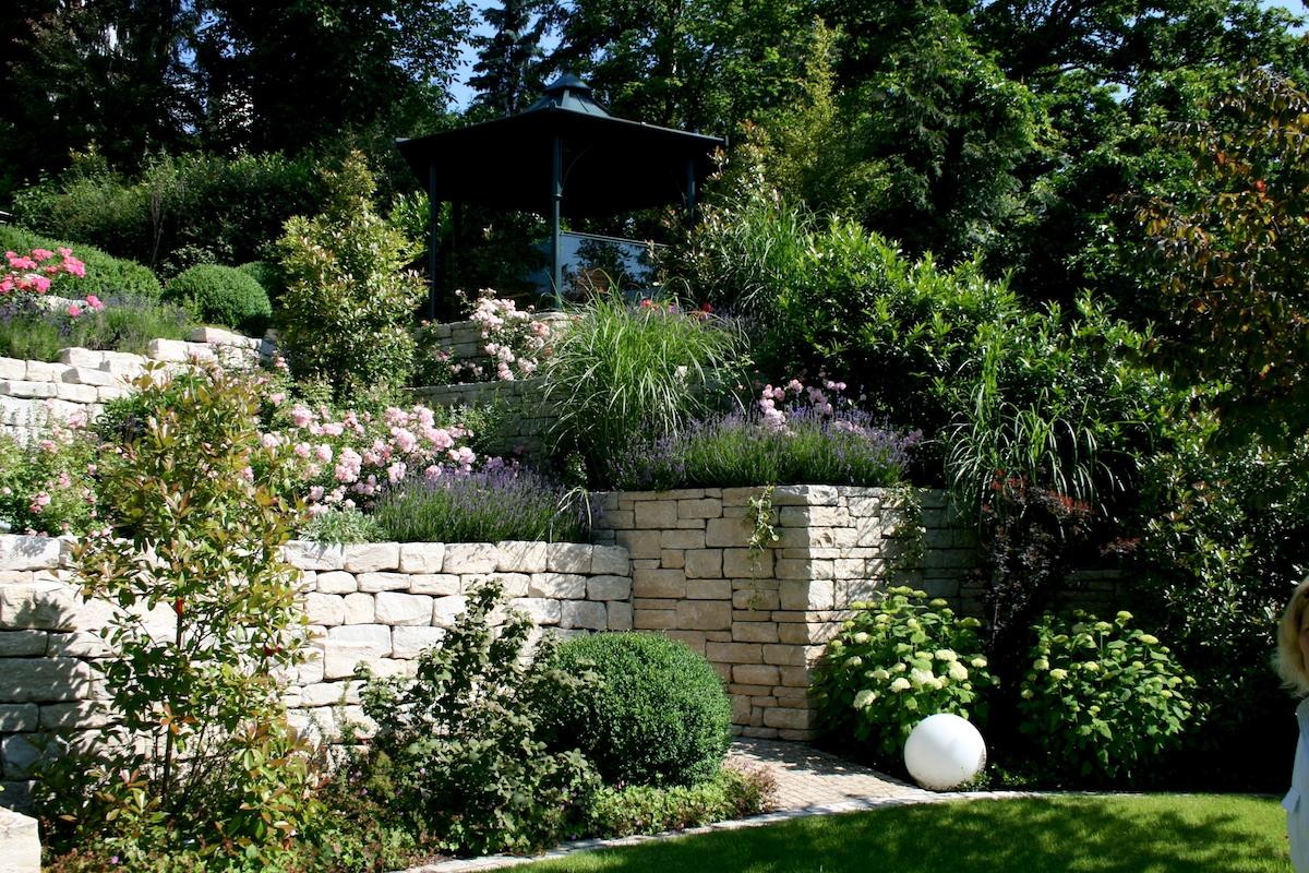 garten am steilhang — büro für freiraumplanung - ihre, Garten ideen