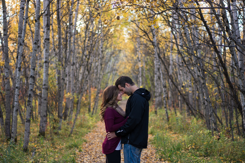 SB - Winnipeg Couples Shoot-22.jpg