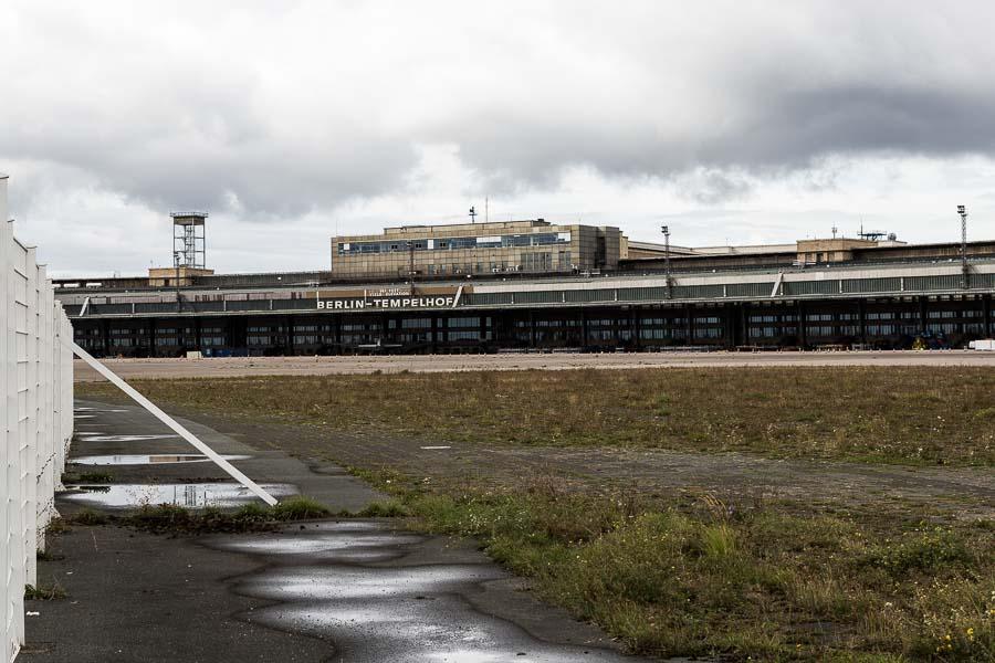 Berlin Flughafen Templehof/ Tempelhofer Feld