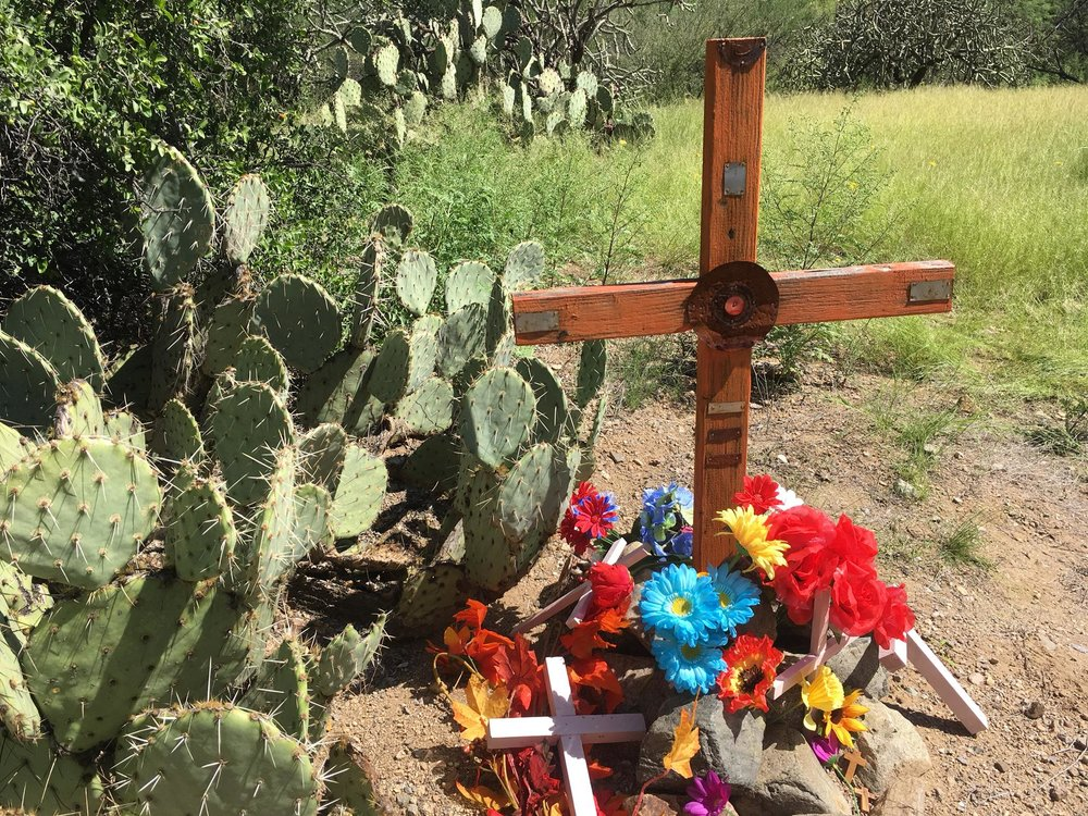 cross migrant death in desert.jpg