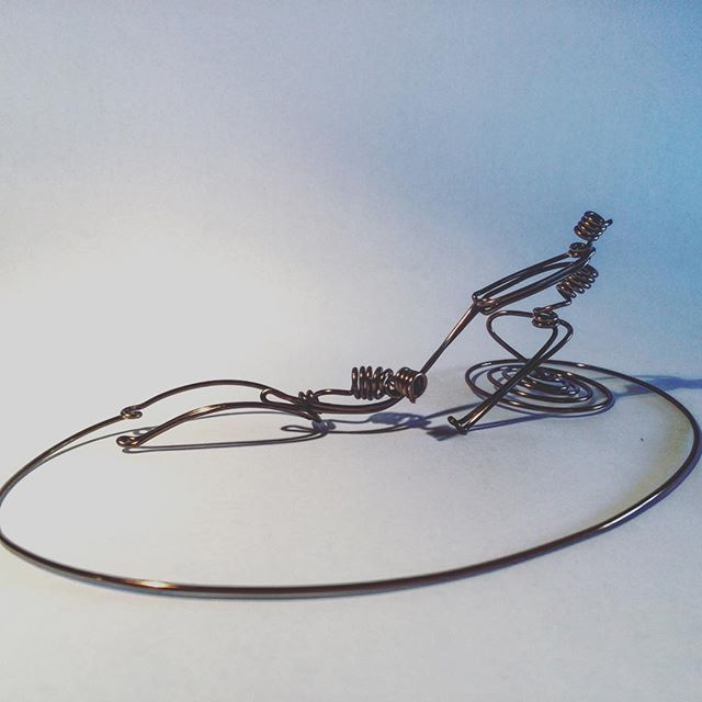 Single-strand #wire #art day 363. #almostthere #outofgas #wireart #sculpture #onewire