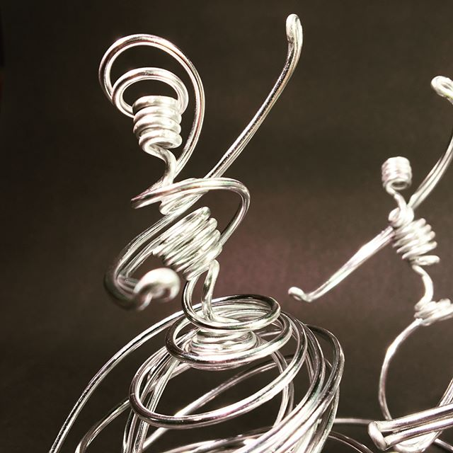 Single-strand #wireart #wireartist It been a while but I got inspired to test something new here with three figures. Just working out the idea here... #triangle #dancing #art. Also, this is the first time I thought to post multiple pics with multiple angles! Changes everything.