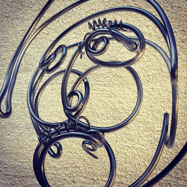 #wireart #sculpture #face #wire #art I've done hundreds- this is the first with secondary wire embellishments. I feel like I'm cheating.