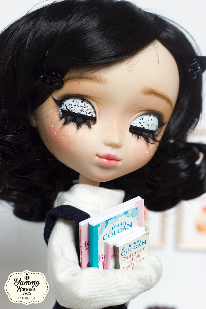Cookies and Cream by Yummy Sweets Dolls