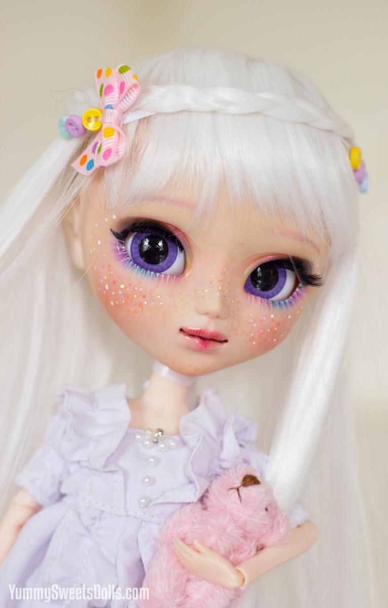 Funfetti Cake by Yummy Sweets Dolls