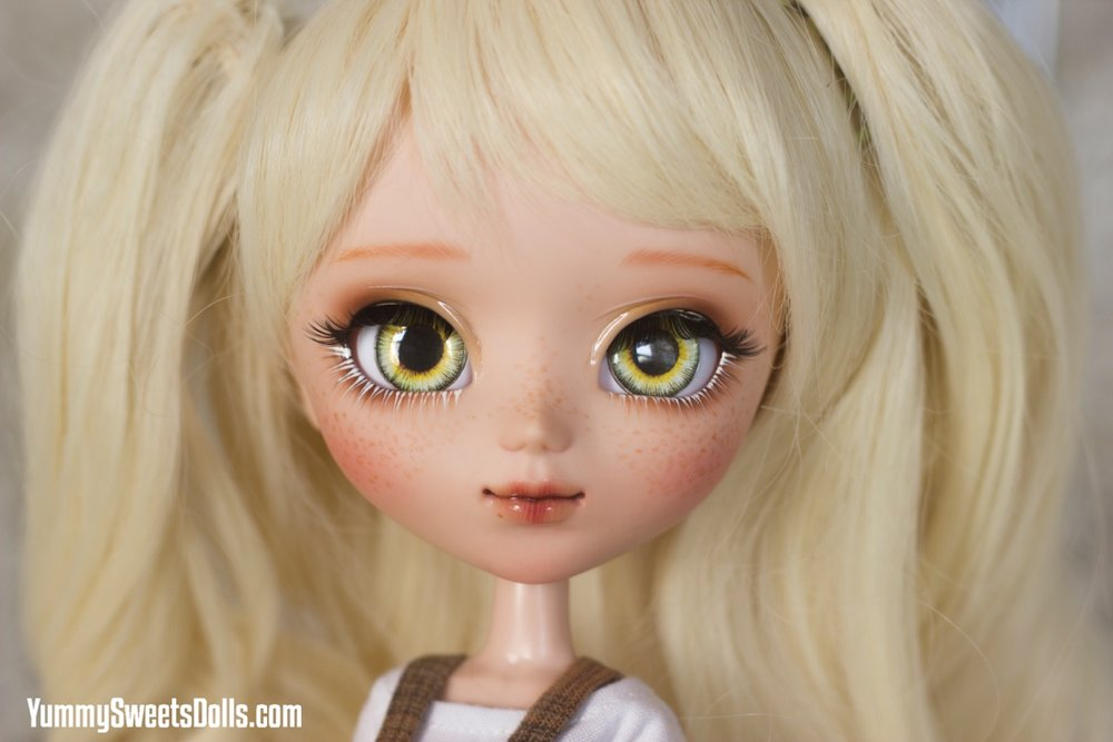 Chocolate Cream Puff by Yummy Sweets Dolls