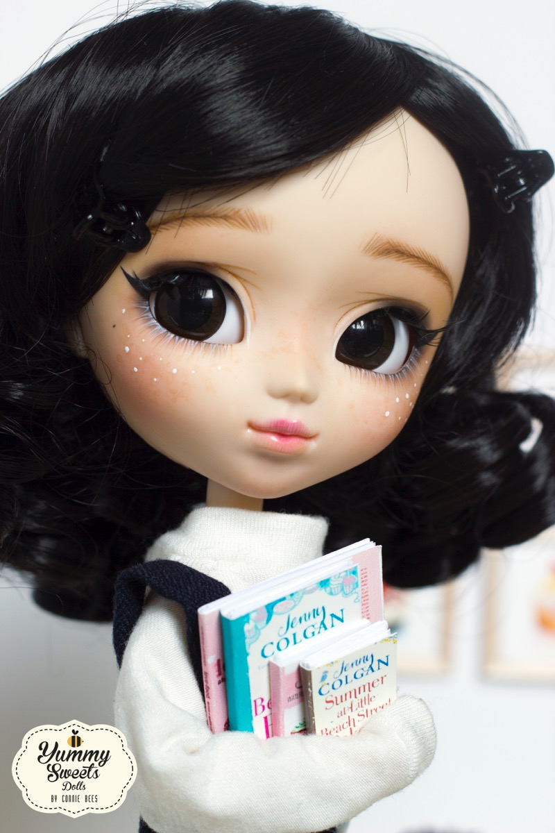 cookies and cream , custom pullip by yummy sweets dolls connie bees