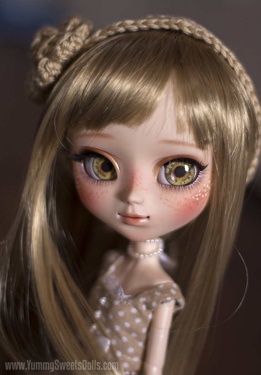 Vanilla Cappuccino by Yummy Sweets Dolls, Connie Bees