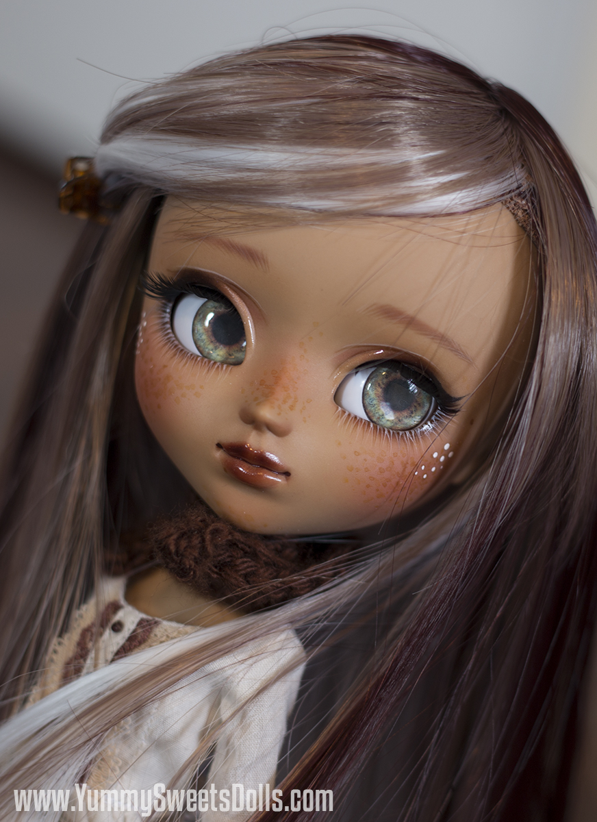 Kahlua by Yummy Sweets Dolls, Connie Bees
