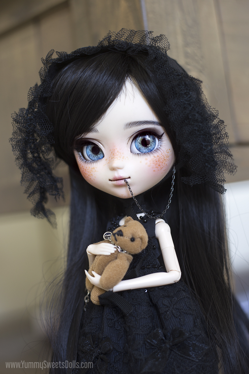 Black Velvet Cake by Yummy Sweets Dolls, Connie Bees, Full Custom Pullip