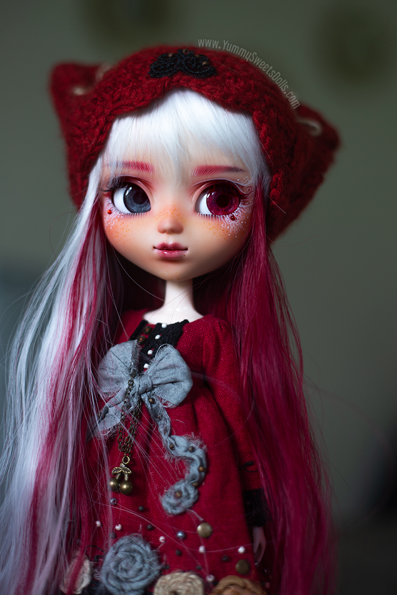 Scarlett Red face design full custom Pullip doll by Yummy Sweets Dolls, Connie Bees