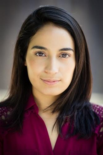 "Sabrina Mendez - Beaz Talent : 5'3"" / 105lbs"