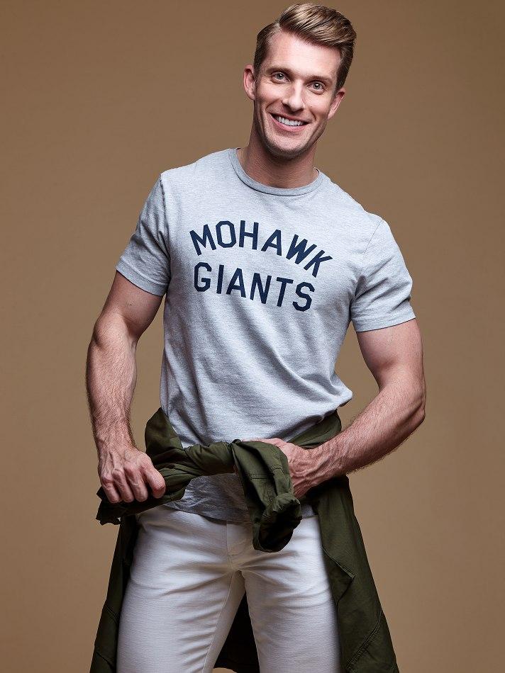 """Richard Hester - Neal Hamil : 6'2"""""""