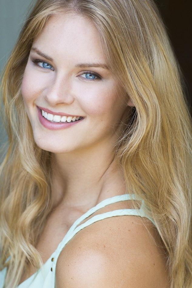 "Alison Sidoran - Neal Hamil : 5'9"" / 130lbs"