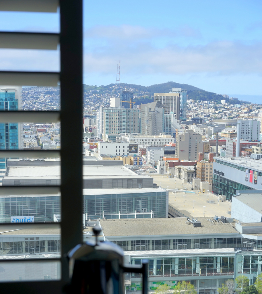 These window seats at the W, with their perfect views of SF, accidentally kept us up talking until 4am on Easter eve!