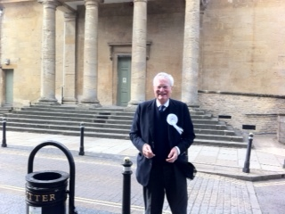 """HS2 deserves the bin!"" says Ward in Chipping Norton"