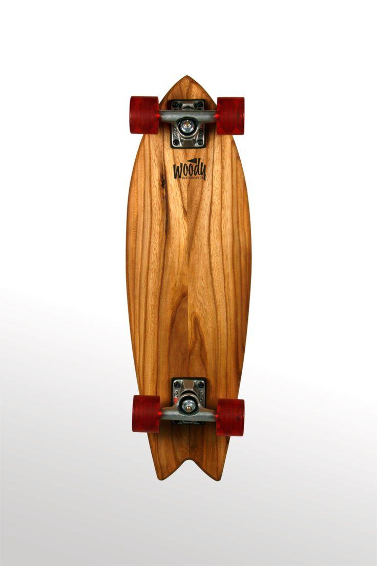 woody skateboard 225,-