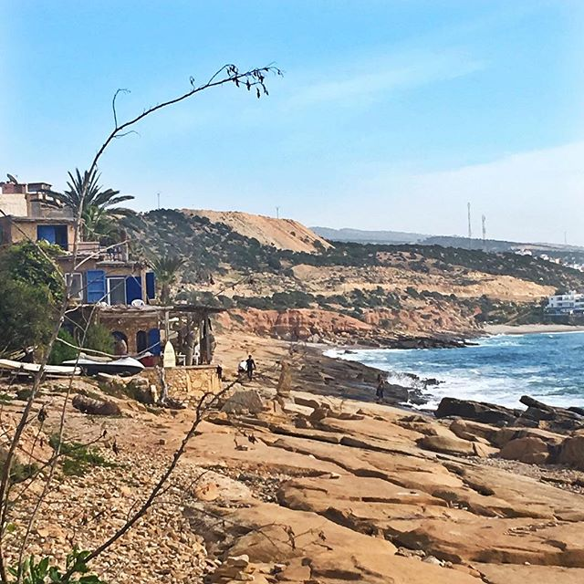 🏜🌊 • • • • #surfbreak #surfcamp #surfe #surfholiday #surfparadise #surfspot #surfmaroc #instasurf #surfcamp #surfday #surfinglife #surflife #surfparadise #surfphoto #surfcamp #surfday #surfhouse #surflove #surfparadise #surftravel #surftrip #tamraght #moroccanlife #taghazout #sfx #amazing