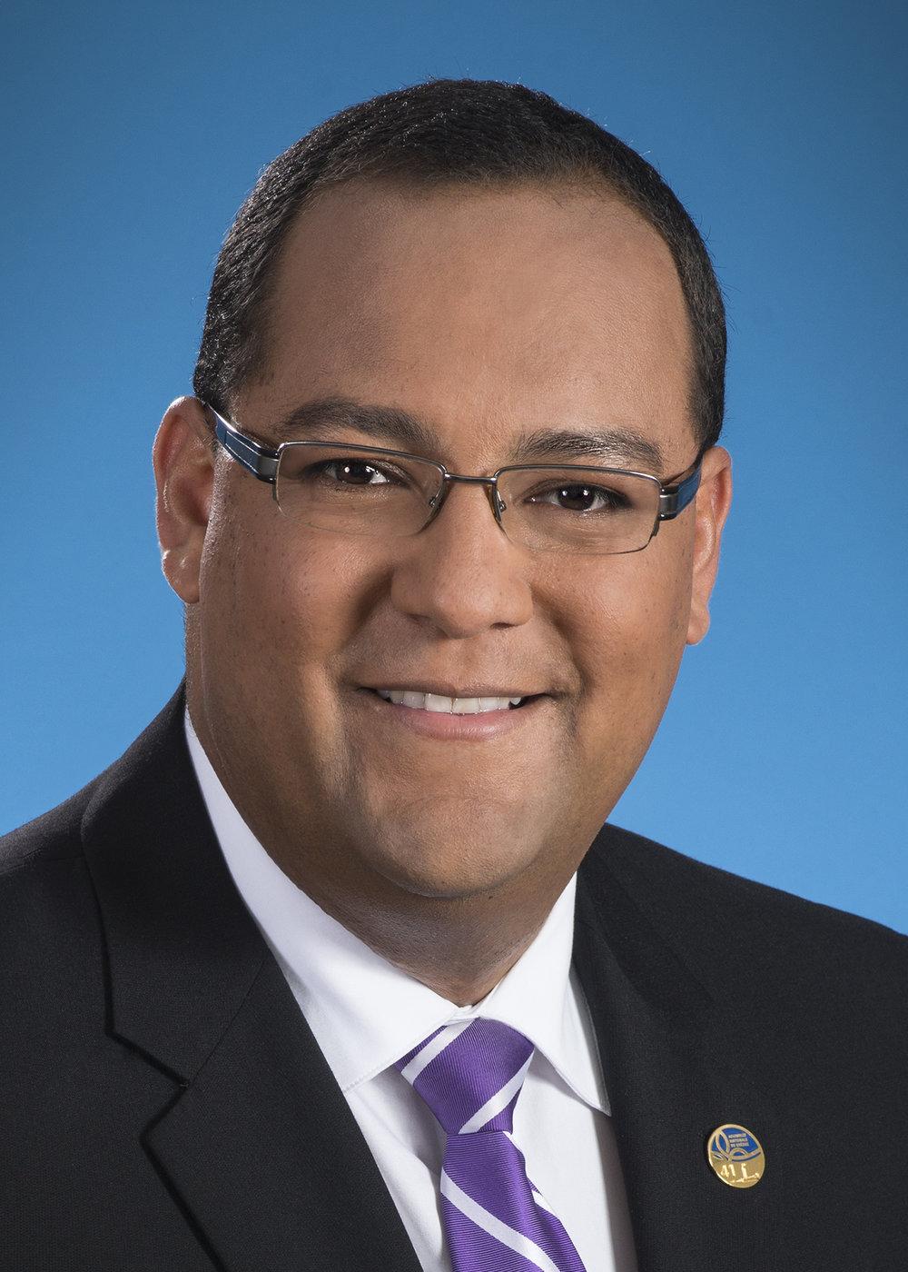 Saul Polo    Député de Laval-des-Rapides    Adjoint parlementaire de la ministre de l'Économie, de la Science et de l'Innovation