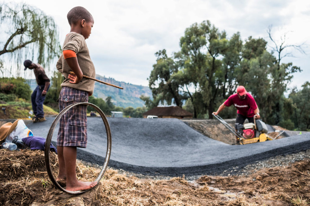 pumpforpeace-building-pumptrack-1024x683.jpg