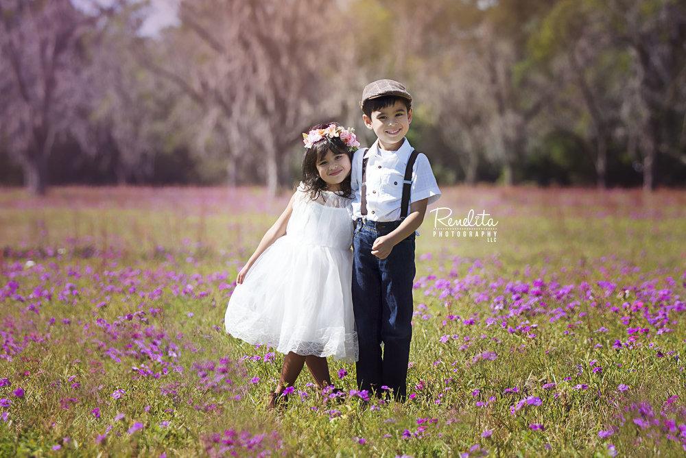 Kids_flower_field_sml.jpg