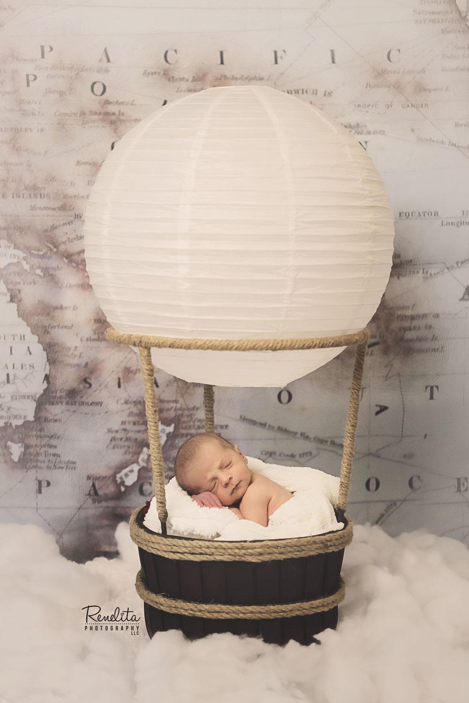 Englund_Newborn_21_print_FB.jpg