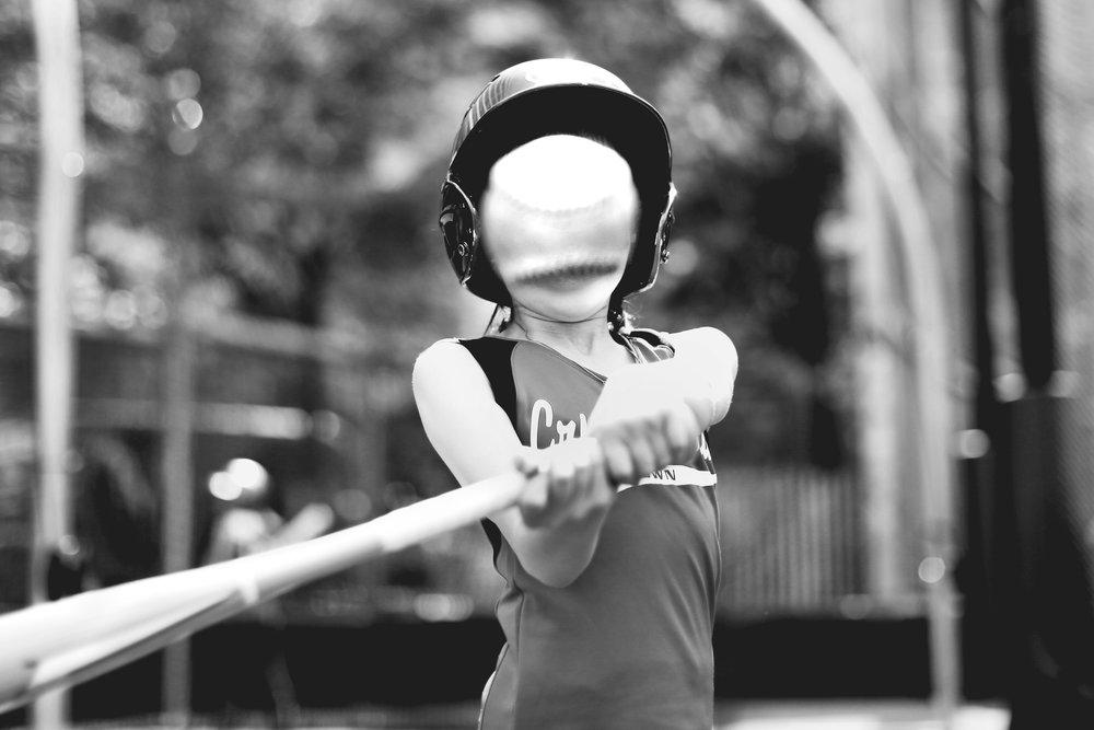 softball_sony16_7850_ritathompson.jpg