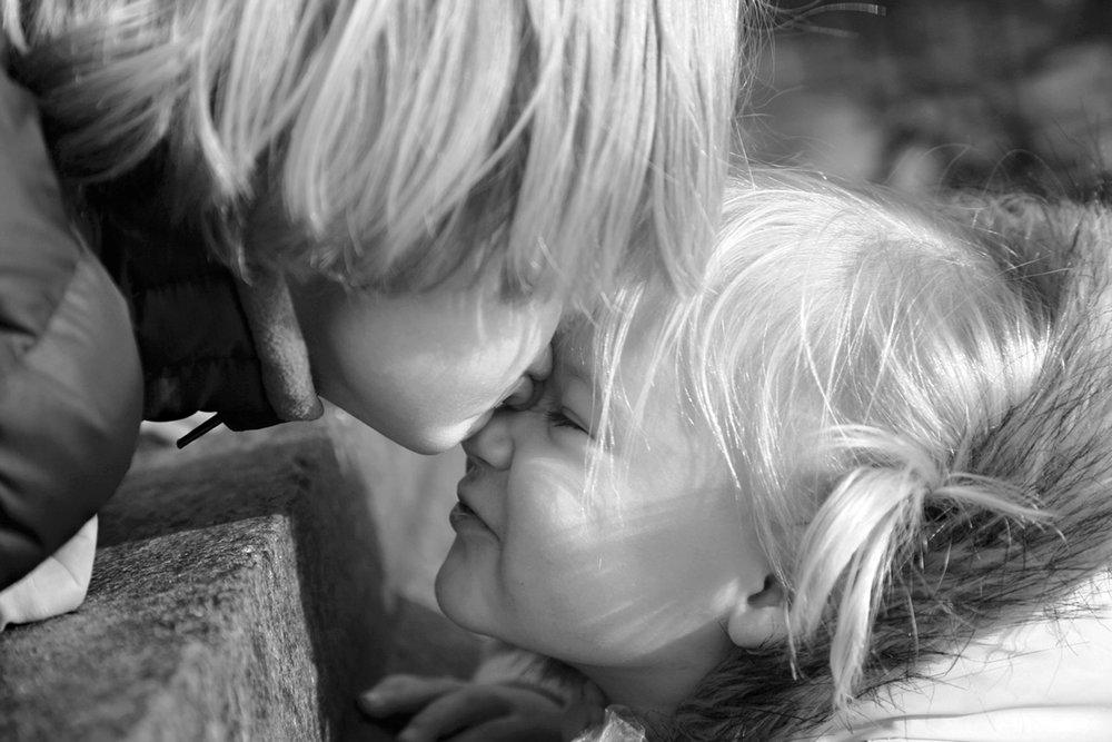 kiss_b&w_rthompson_rev3.jpg