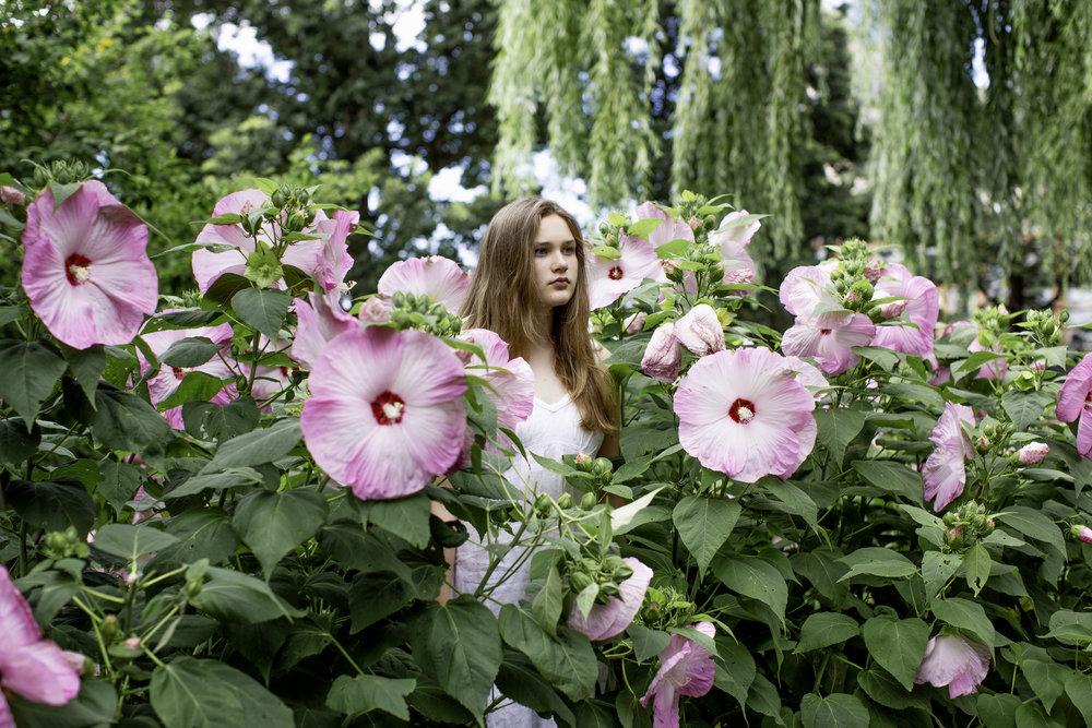 7W1A0858_bianca flowers_ritathompson_ver1.jpg