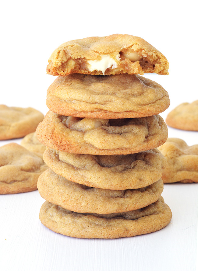 The BEST white chocolate and macadamia cookies