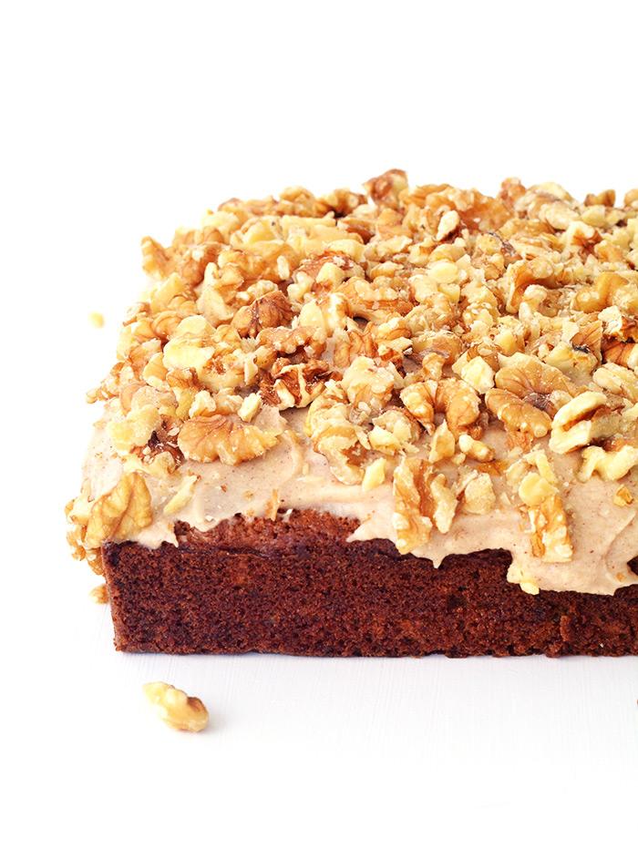 Banana Walnut Snack Cake with cinnamon frosting| Sweetest Menu
