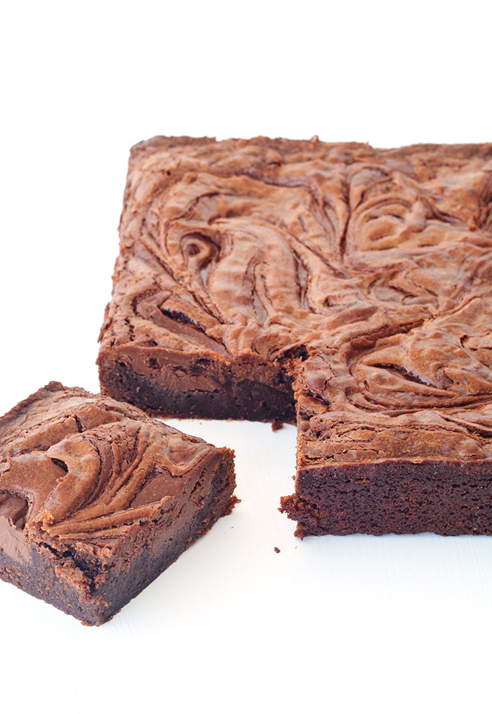 The best brownies I've ever had! Fudgy Nutella Swirl Chocolate Brownies from Sweetest Menu