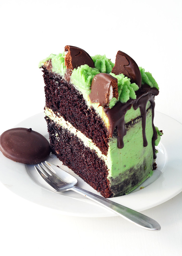 Mint chocolate layer cake sweetest menu for Living room 5 minute chocolate cake