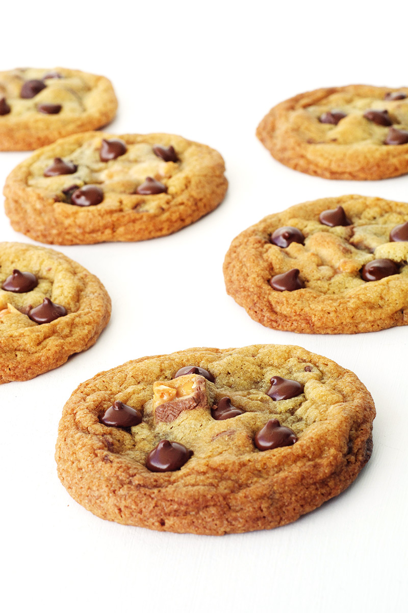 Seriously Crispy AND Chewy Snickers Cookies | Sweetest Menu