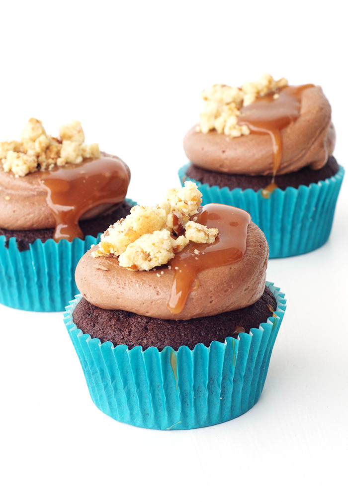 Chocolate Caramel Cupcakes with Pretzel Crumbs | Sweetest Menu