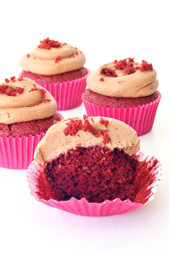 Red Velvet Cupcakes with Chocolate Frosting | Sweetest Menu