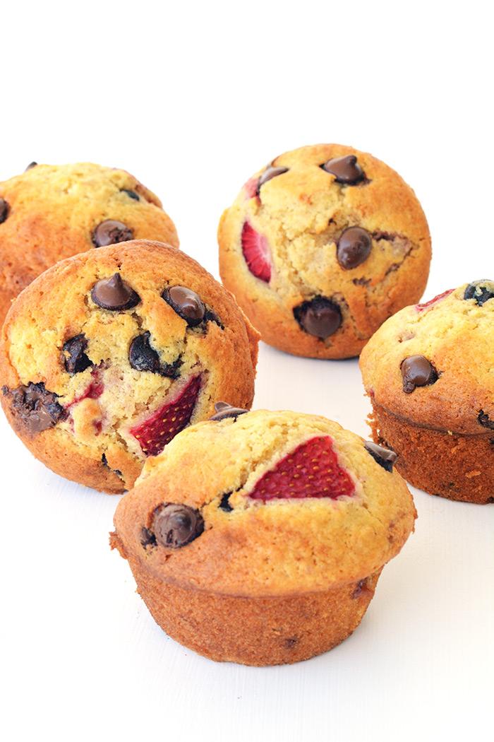 Strawberry Chocolate Chip Muffins | Sweetest Menu
