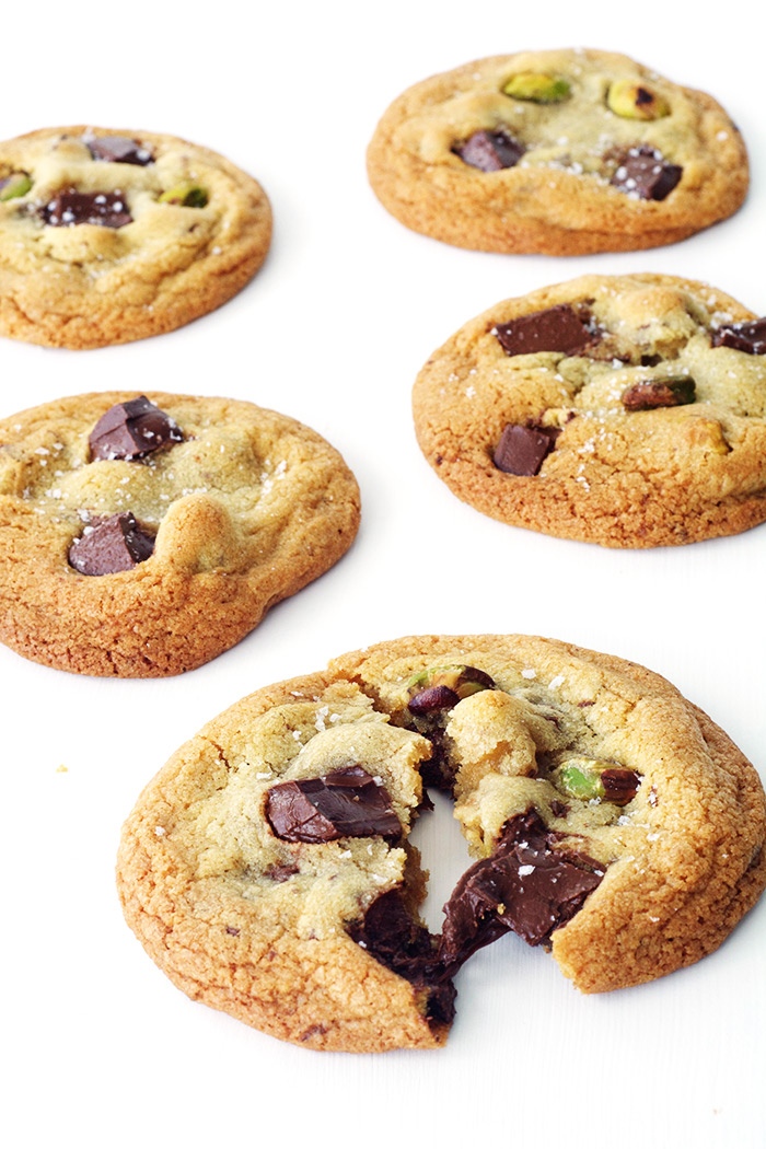 Dark Chocolate Pistachio Cookies | Sweetest Menu