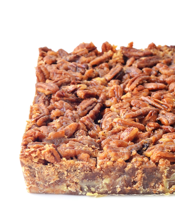 Maple Pecan Bars with a Pretzel Crust | Sweetest Menu