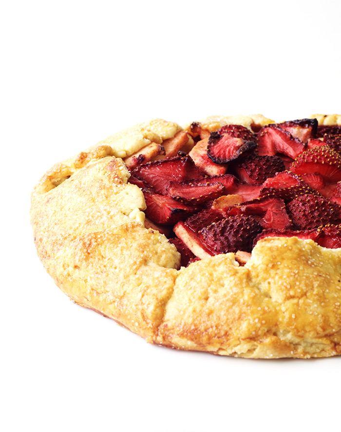 Super Simple Strawberry Apple Galette | Sweetest Menu