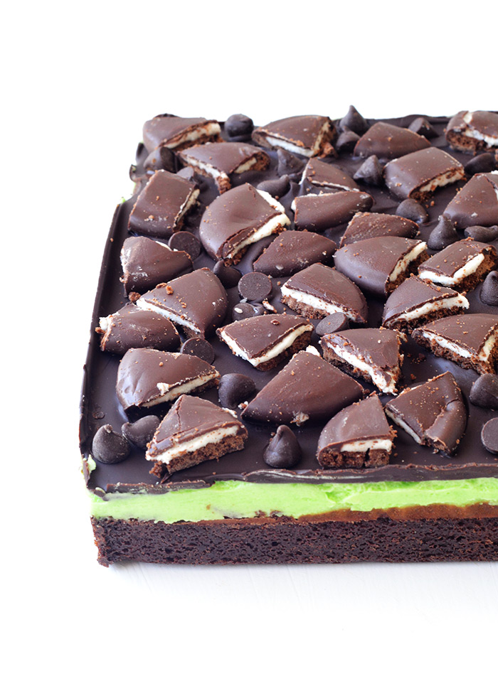 Loaded Mint Chocolate Brownies | Sweetest Menu