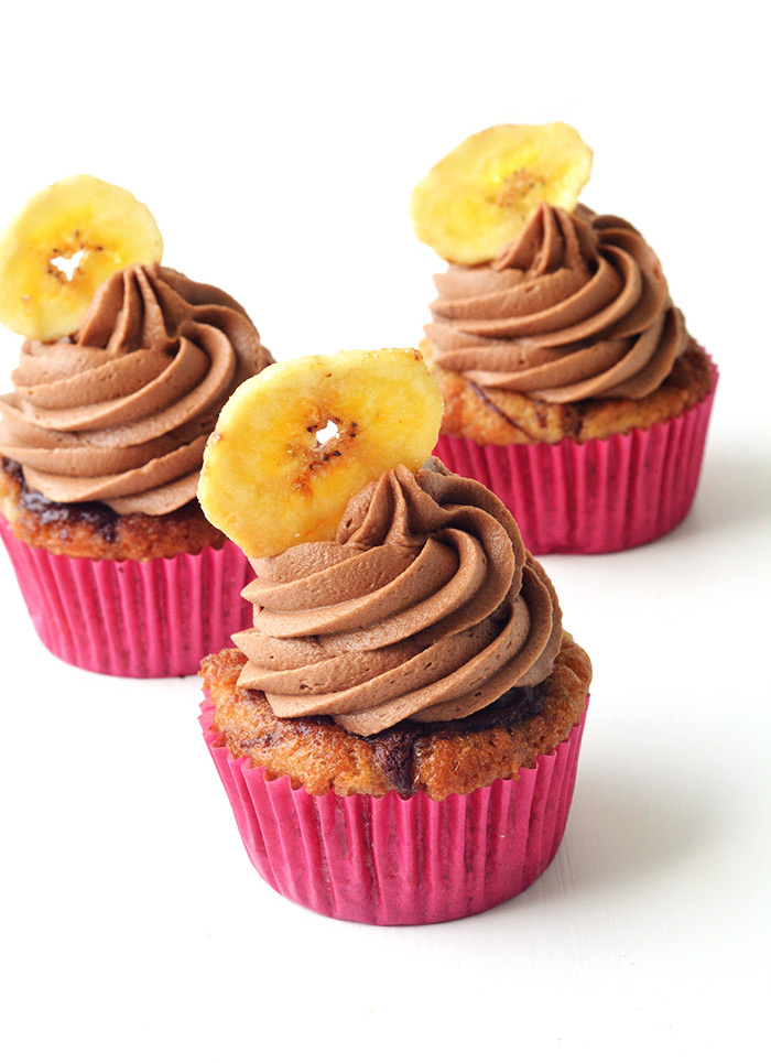 Nutella Banana Cupcakes with Chocolate Frosting | Sweetest Menu