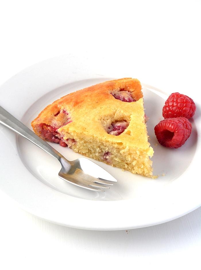 Easy Raspberry Skillet Pancake | Sweetest Menu