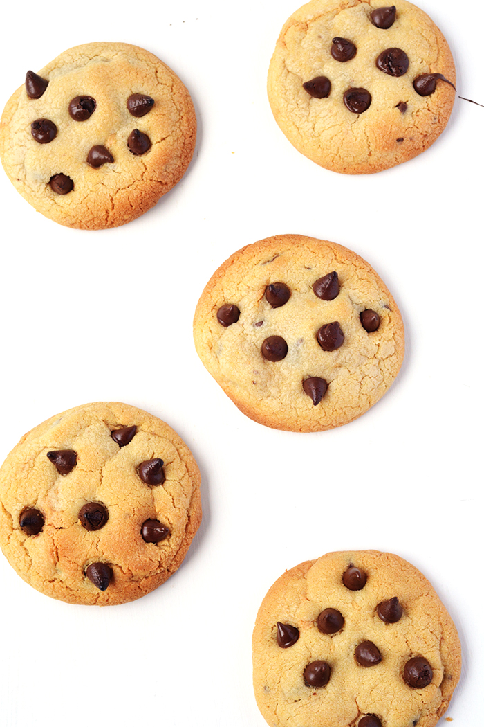 Peanut Butter Chocolate Chip Cookies | via sweetestmenu.com