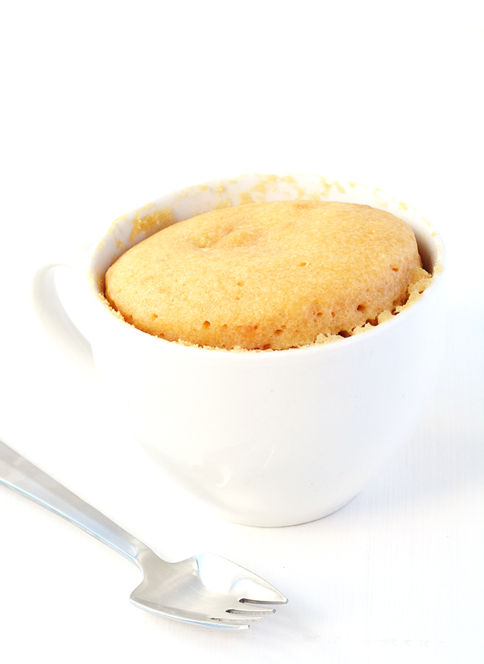 Easy Peanut Butter and Jelly Mug Cake for one | via sweetestmenu.com