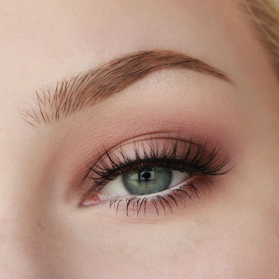 pink eyeshadow look valentines day make up